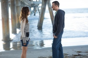 Michelle-Monaghan-and-Chris-Evans-in-Playing-It-Cool-570x380